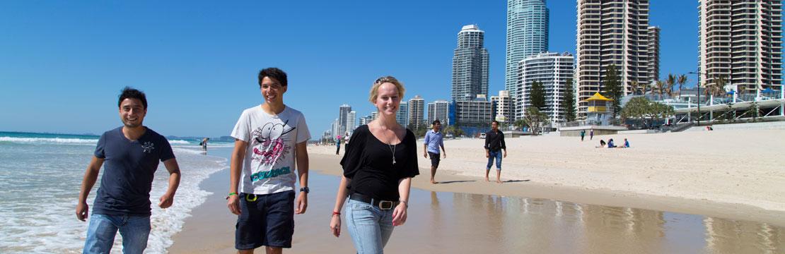 Ansök till studier i utlandet med Education Link